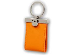 Puha, bõrhatású kulcstartó, 2 képpel (narancs)